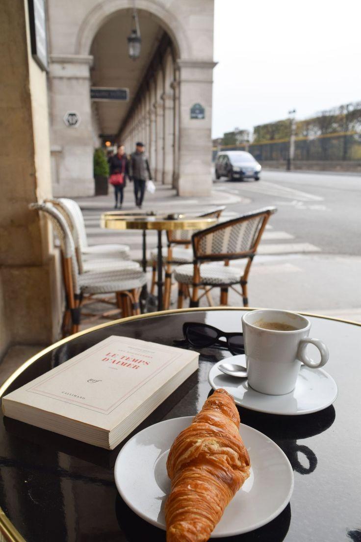"""""""В Париж всички искат да бъдат актьори. Никой не иска да бъде зрител."""""""