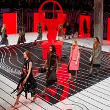 Prada eсен/зима 2020 – сюрреалистичната ода на женствеността