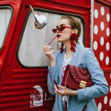 Увенчани с успех: 20-секундни модни метаморфози