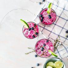 Смути фиеста: Здравословни опции, с които да съберем лятото в чаша