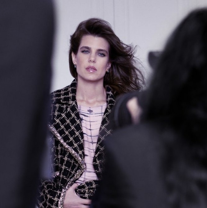 Пресечни точки: Принцеса Шарлот за Chanel