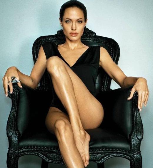 Анджелина Джоли – една звезда на 46