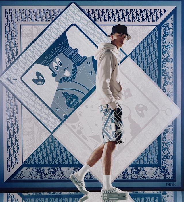 Дама, поп и асо от Kenny Scharf за Dior