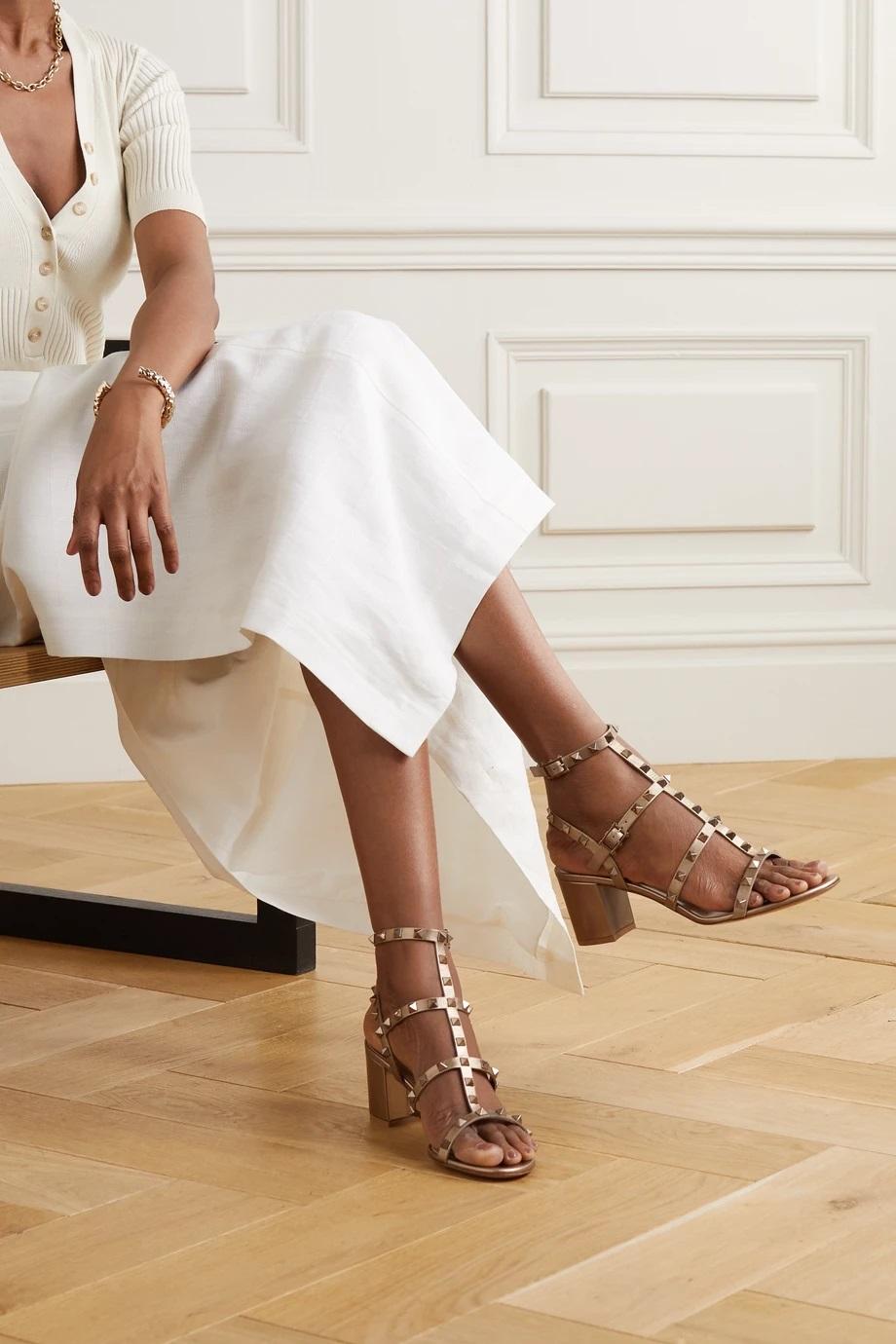 Кожени сандали от VALENTINO